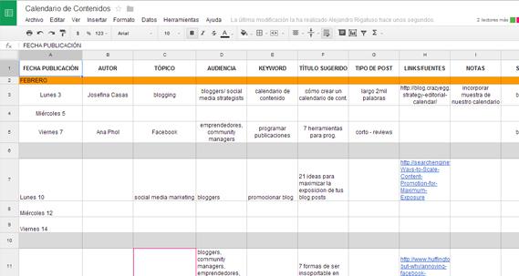 crear un calendario de contenido como lo hacemos en Postcron